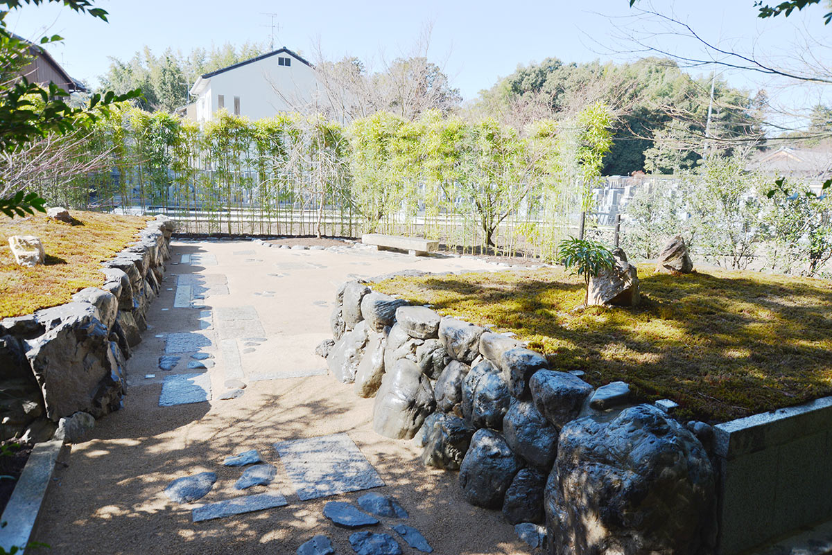 大徳寺の正受院の樹木葬地