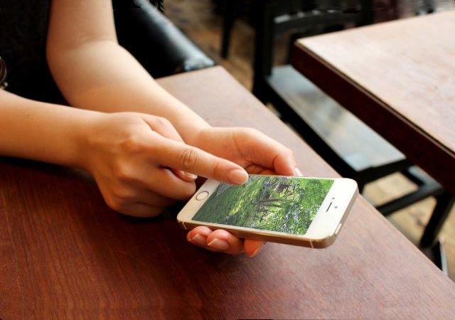 スマートフォン操作イメージ