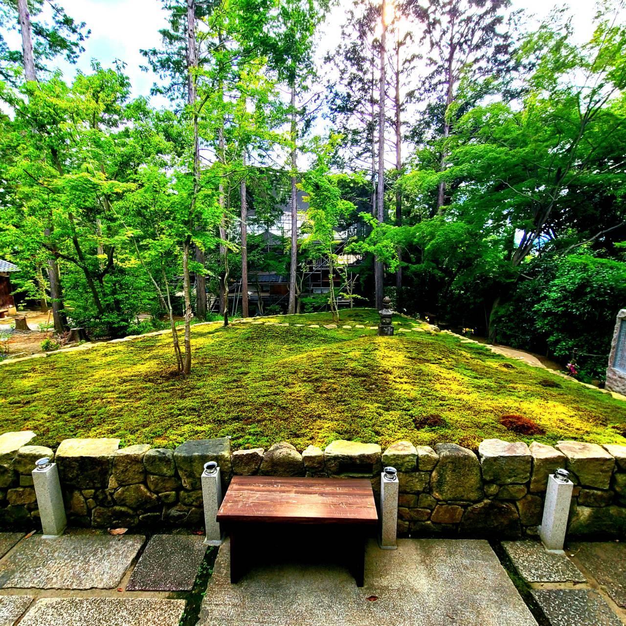 正覚庵-墓苑