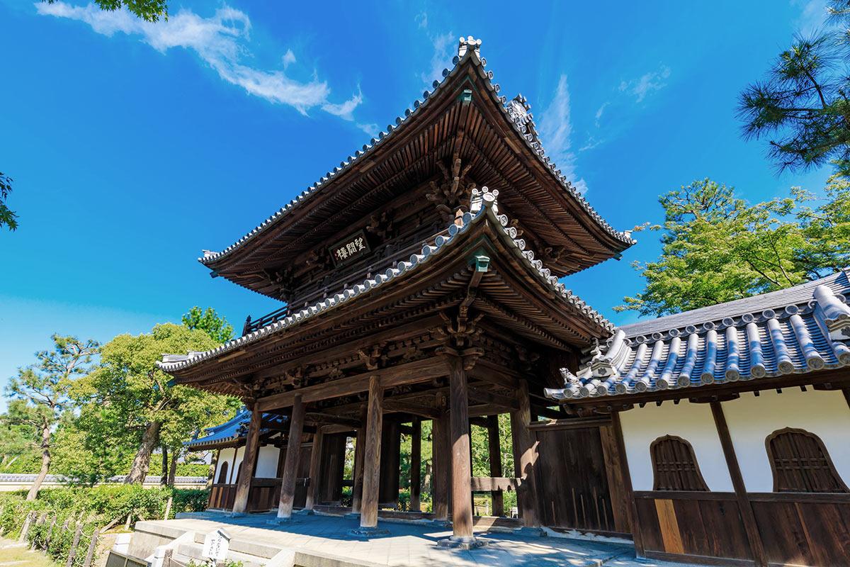 建仁寺の三門