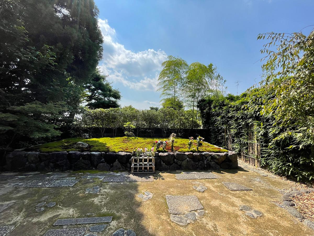 正受院-墓苑
